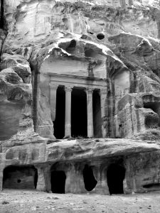 little-petra-treasury